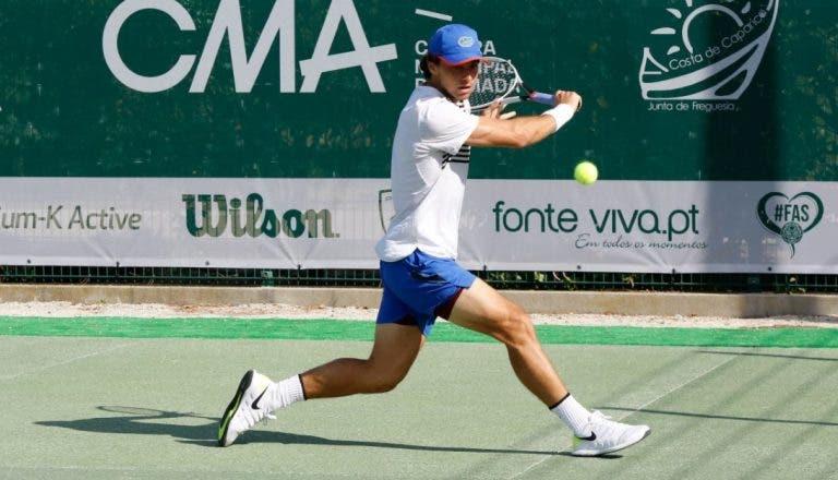 Duarte Vale segue embalado e estreia-se em meias-finais ITF na Caparica
