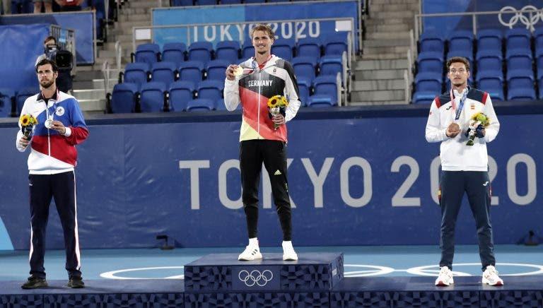 Khachanov: «Sinto uma enorme dor por ter ficado tão perto da medalha de ouro»