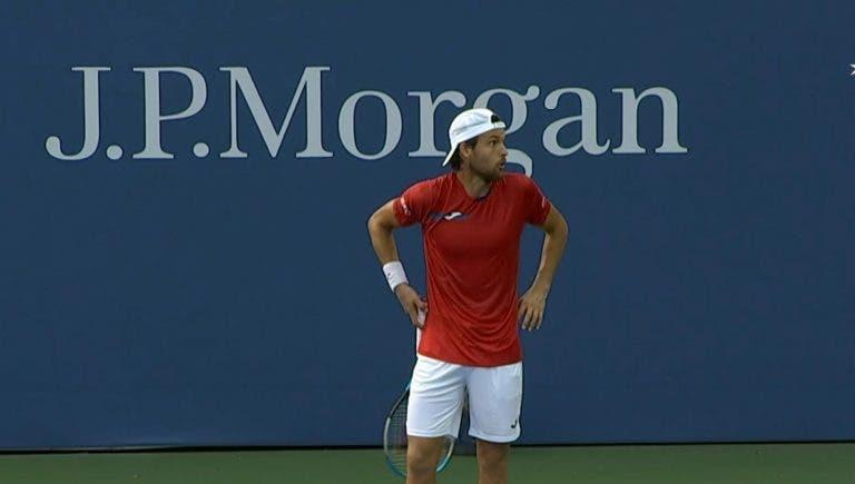 João Sousa volta aos qualifyings de Grand Slams com uma derrota na 1.ª ronda