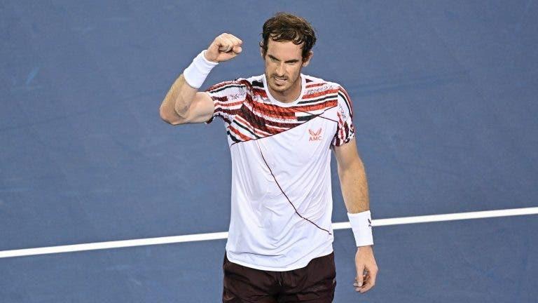 Murray já esqueceu derrota com Tsitsipas e entrou com vitória convincente… num Challenger