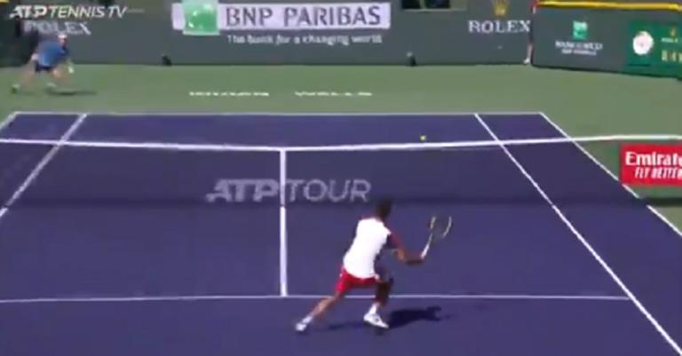 [VÍDEO] Alcaraz ganha ponto incrível diante de Murray