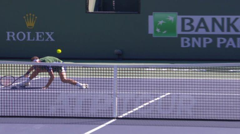 [VÍDEO] Dimitrov fez o volley do ano em Indian Wells